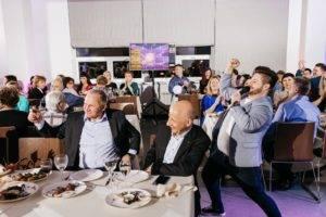 Компания «Исток Аудио» квиз на планшетах организация тимбилдинга